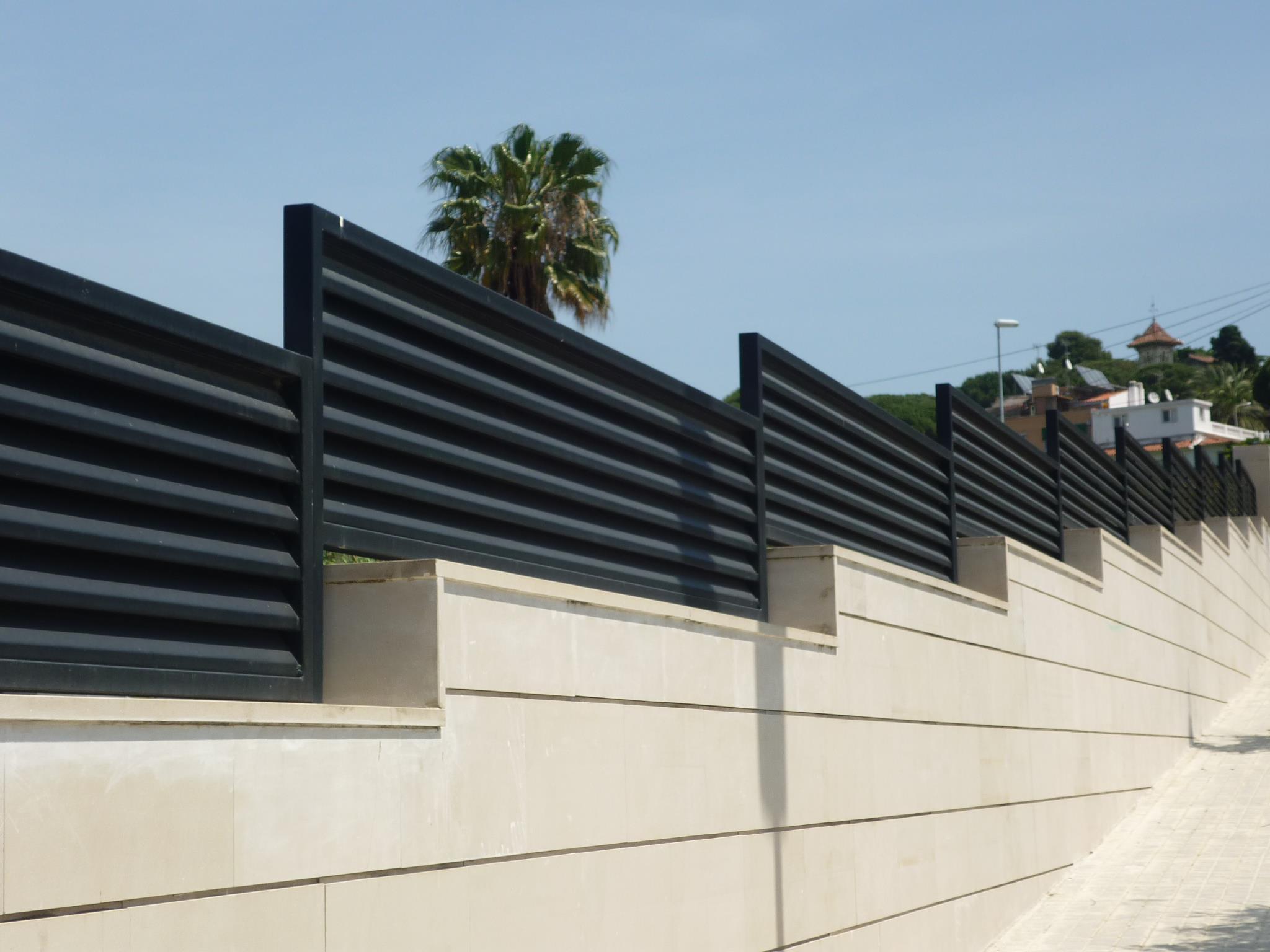 Vinuesa vallas cercados verjas residenciales de hierro - Vallas de hierro ...