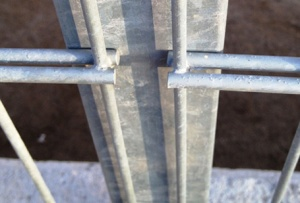 Cerramiento metálico malla doble hilo