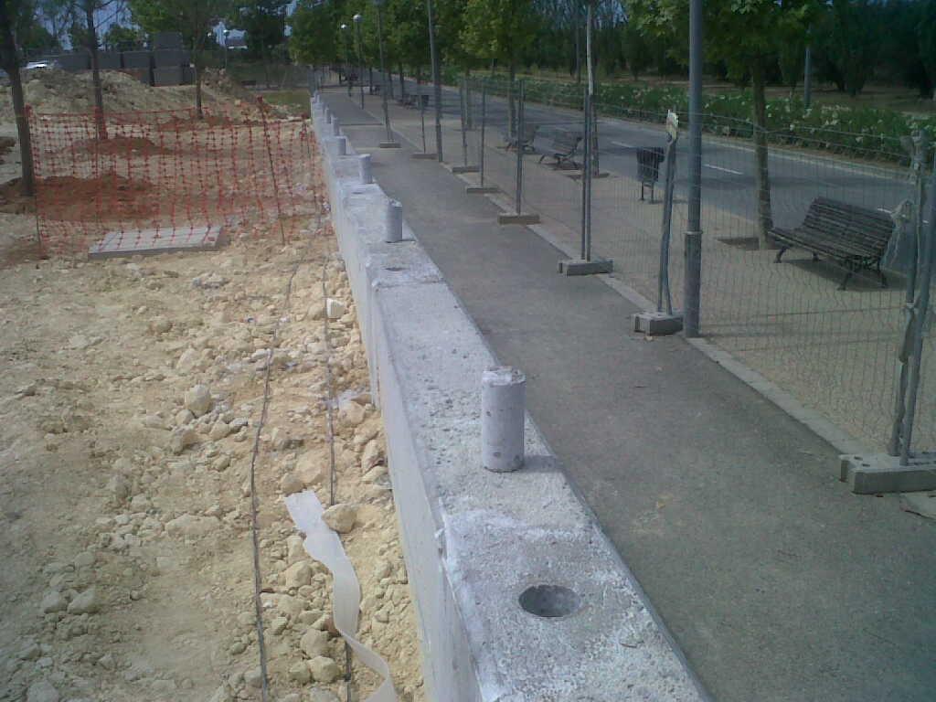 Vinuesa vallas cercados bricolaje vallas como hacer - Vallas para muros ...
