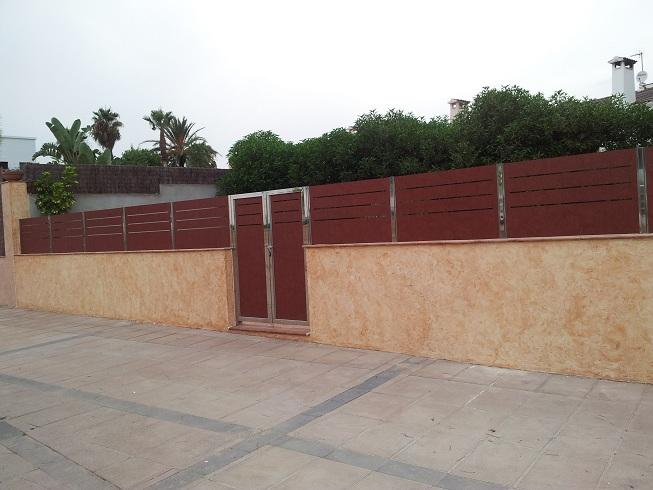 Jardines historias de vallas y cercados - Imitacion madera para fachadas ...