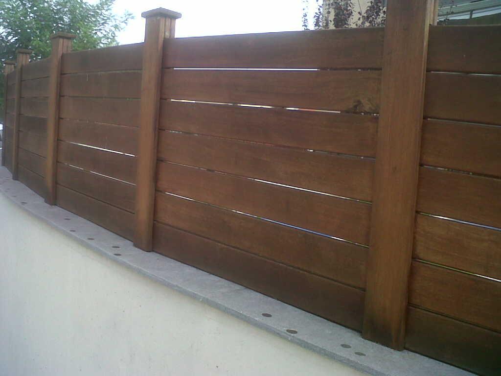 Vinuesa vallas cercados vallas divisorias viviendas chalets enrejado fenolico ocultacion - Maderas para vallas ...