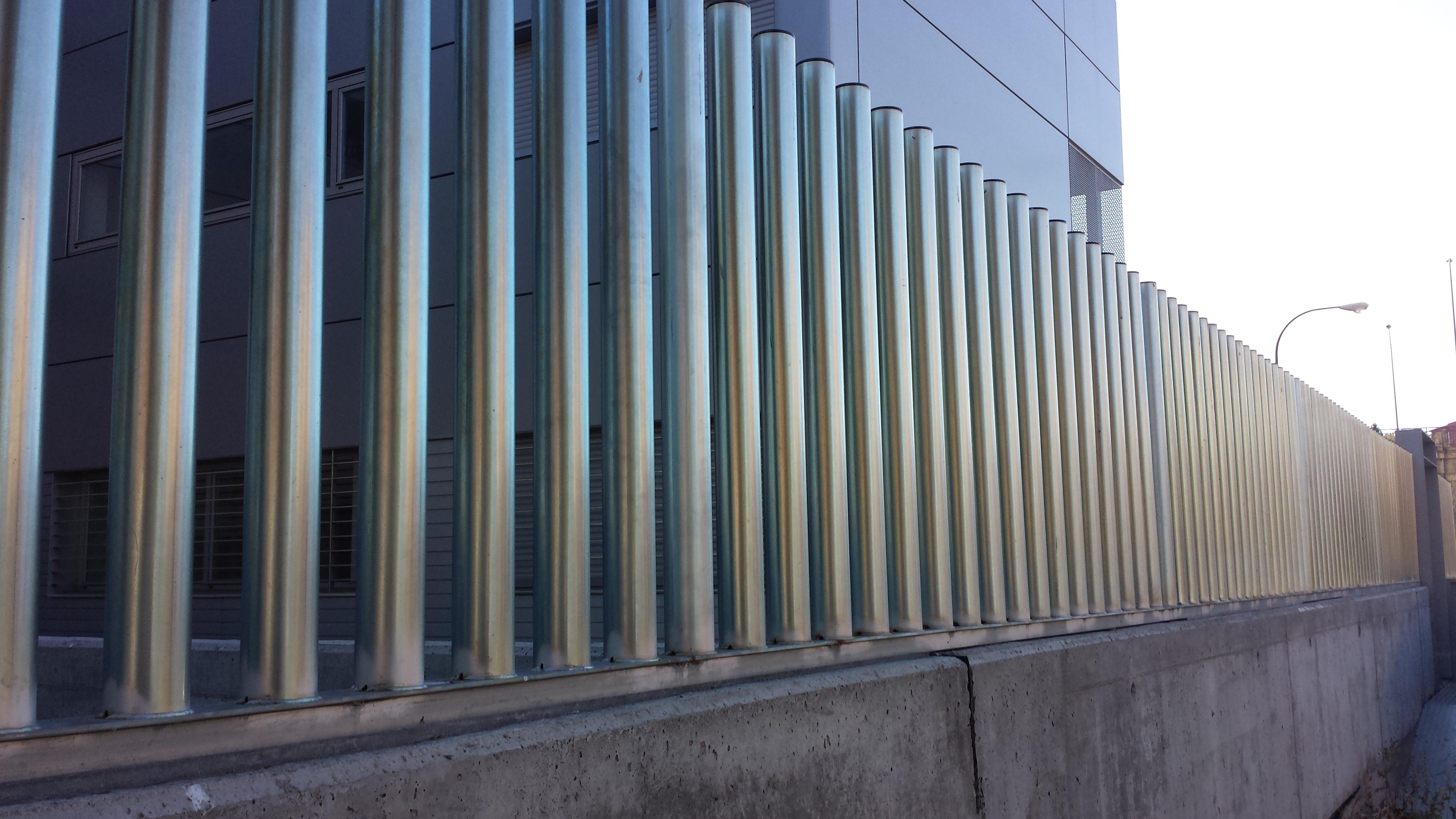 Vinuesa vallas cercados valla cercado malla metalica - Puertas de valla ...