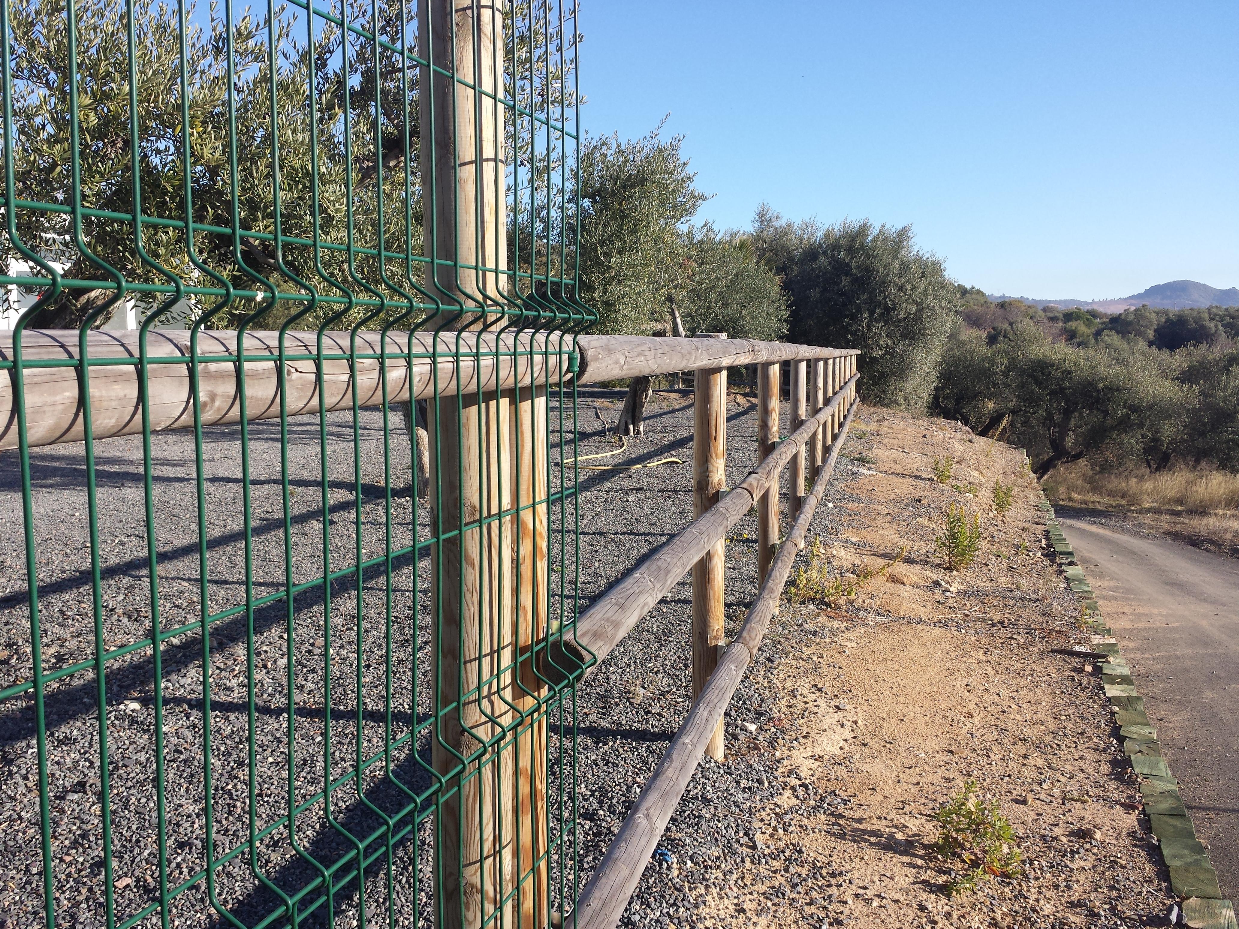 Vinuesa vallas cercados vallas de madera valla tejana - Valla de madera ...