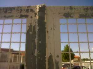 Mala adherencia de pintura sobre galvanizado