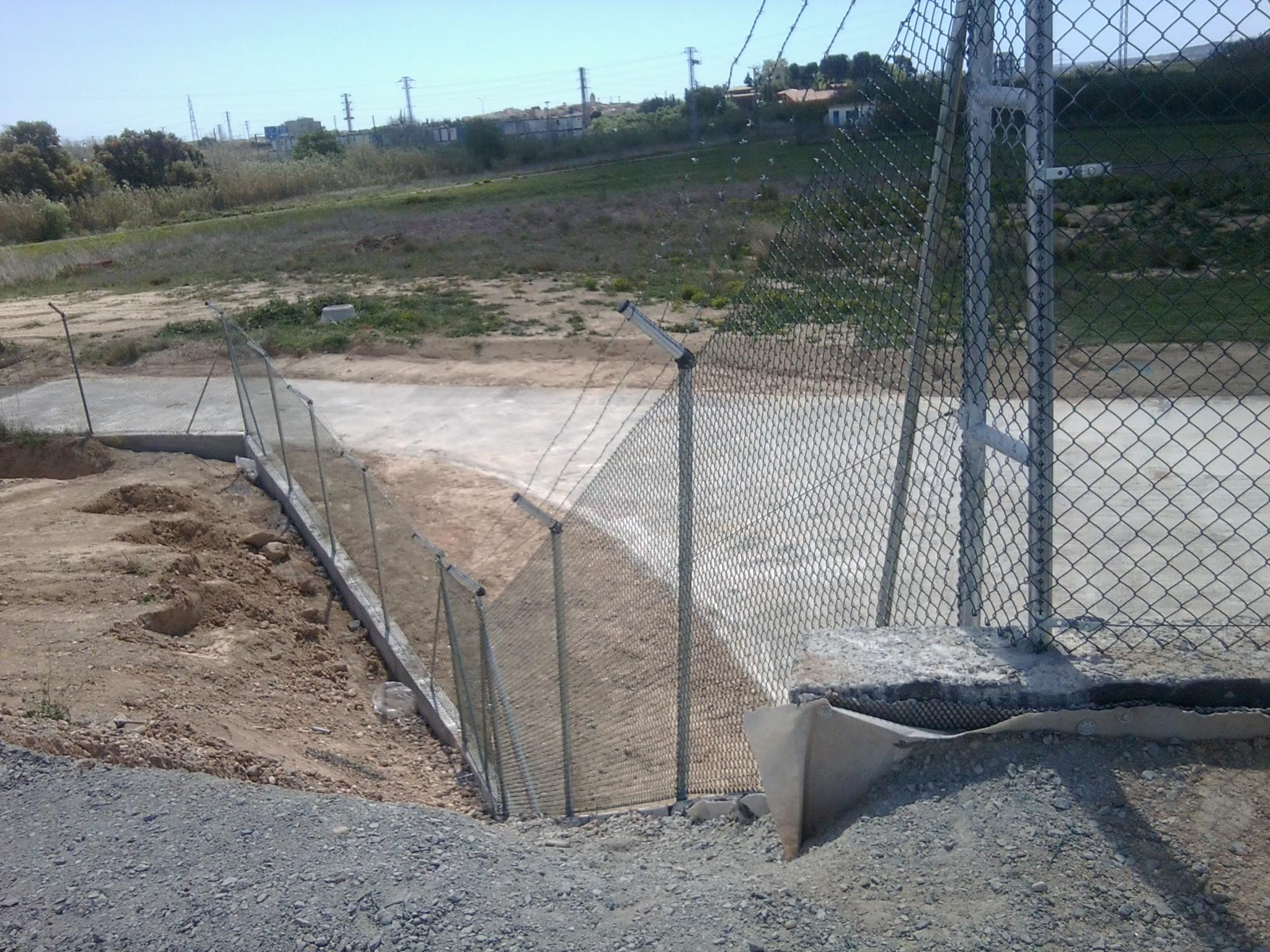 Vinuesa vallas cercados bricolaje vallas como montar - Vallar un terreno ...