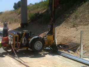 Maquinaria para hincado de postes