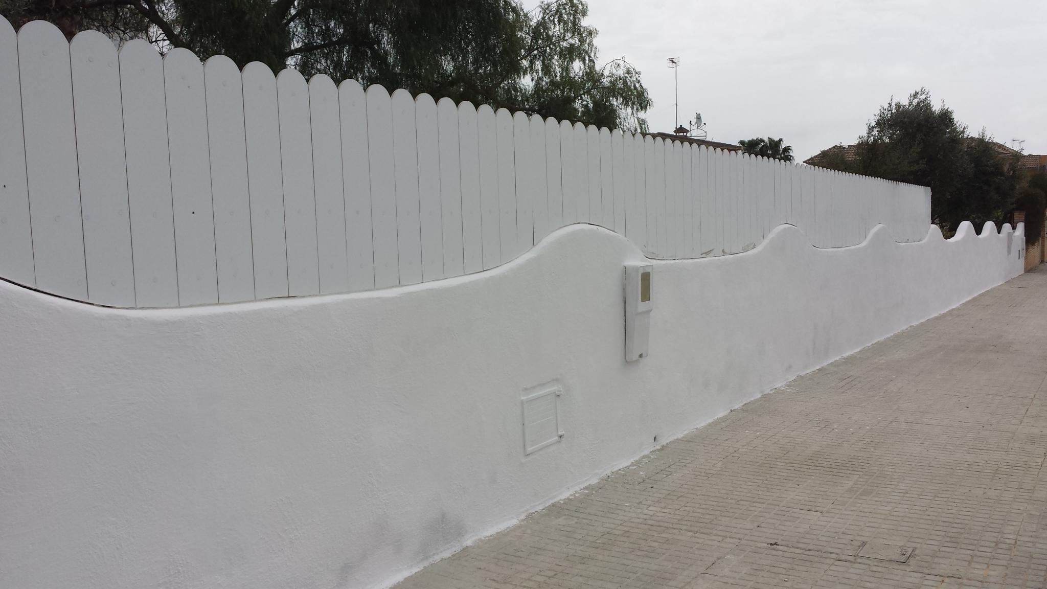 Vinuesa vallas cercados cerramientos vallas ocultaci n for Vallas jardin pvc